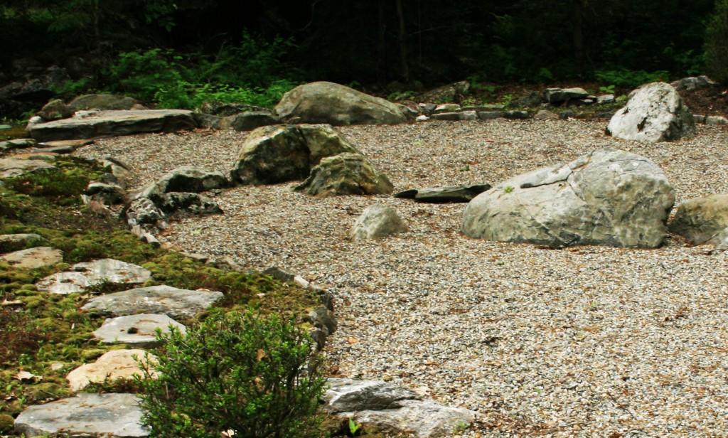 E Residence Japanese Dry Garden_1